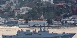 rus savaş gemileri fırkateyn istanbul boğazı geçişi