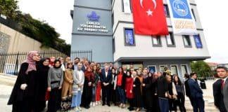 Üsküdar Belediyesi yurt binasını Ensar Vakfı na bedelsiz vermiş!