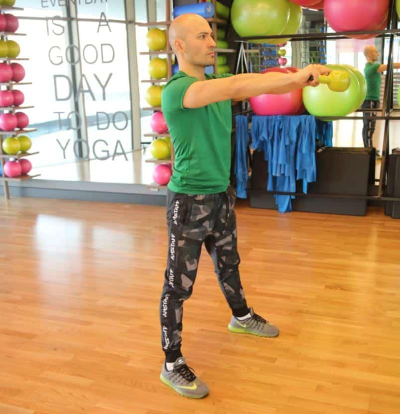 Kettlebell Swing - Metabolizmayı hızlandıran egzersizler