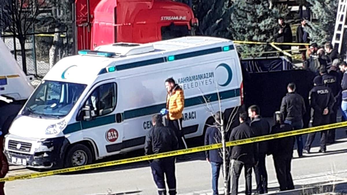 Ankara da sokakta tartıştığı eşini pompalı tüfekle öldürdü