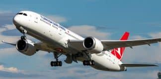 Coronavirüs tespit edilen THY Singapur uçağı sadece mürettebatla geri gönderildi
