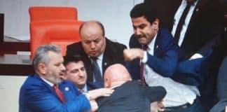 CHP li Engin Özkoç un başına yumruk atan AKP li vekil halil ibrahim yıldız eli kırılmış