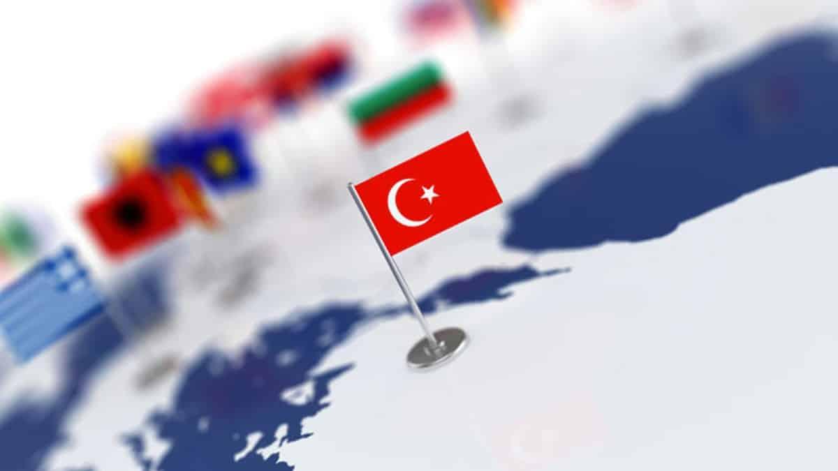 Türkiye ilk kez ılımlı otokrasi olarak sınıflandırıldı!