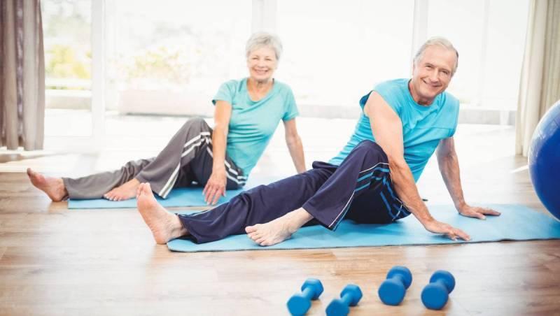 Yaşlılar evde hangi egzersizleri yapabilir?