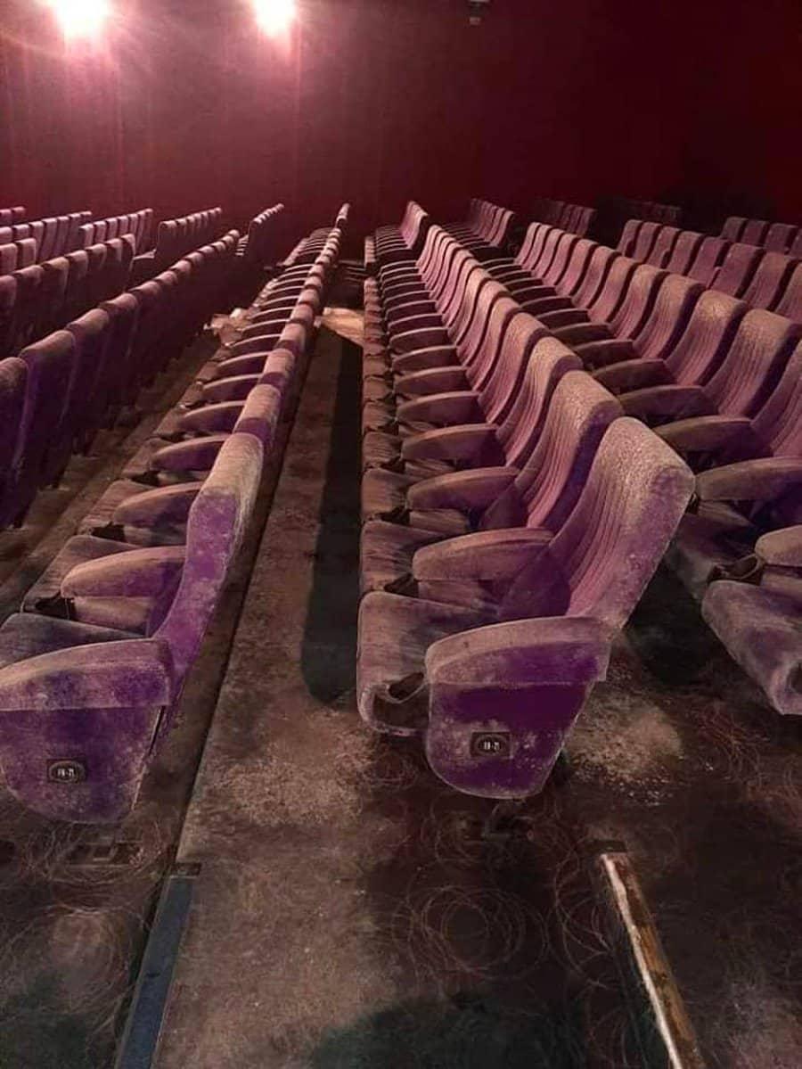sinema salonu salonları küflendi avm