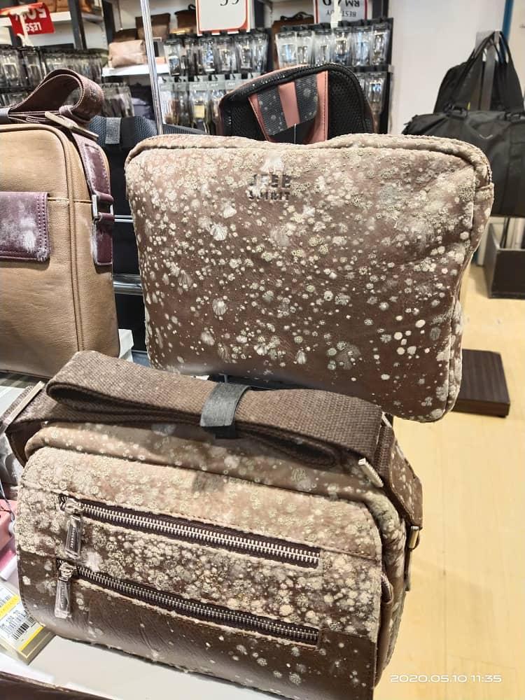 kapalı kalan ve yeniden açılan mağazalarda marka ürünler küflendi deri çanta