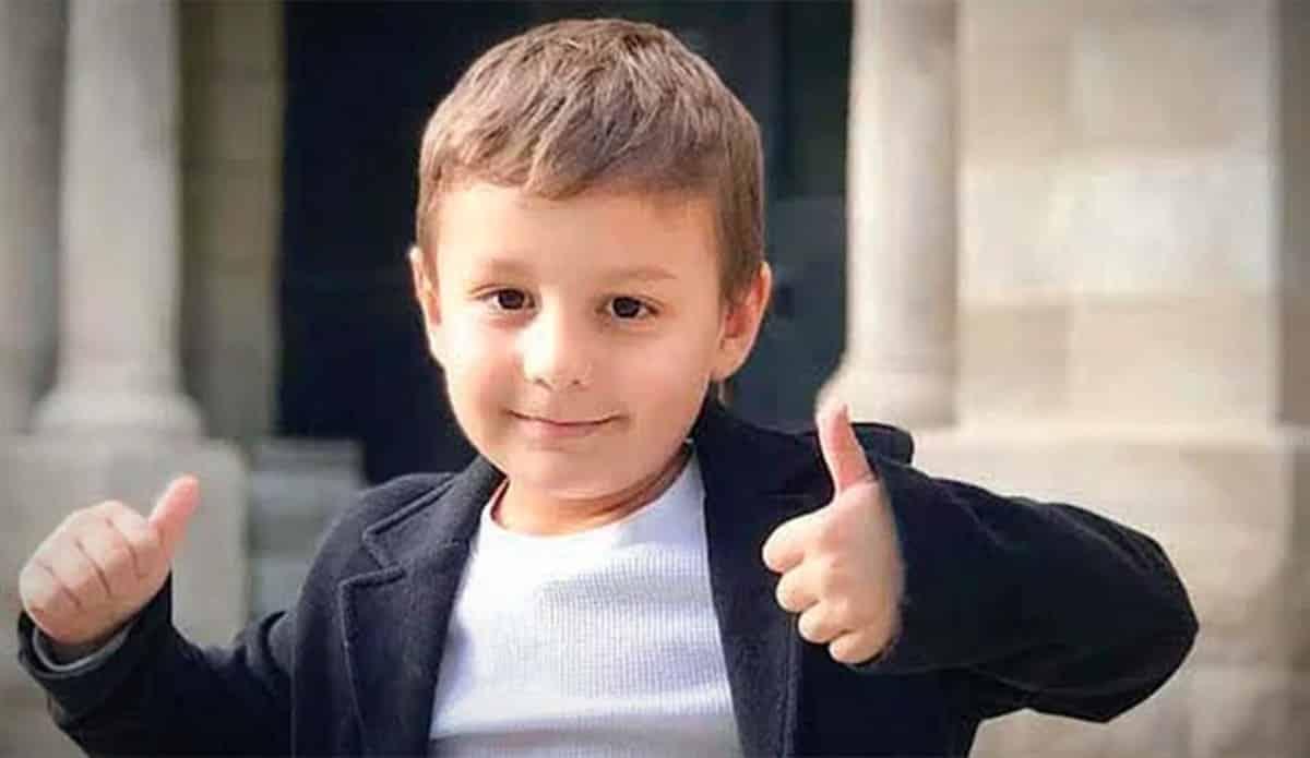 5 yaşındaki Eren 153 IQ ile ABD üstün zekalılar okulu Edison tam burslu giren ilk Türk oldu
