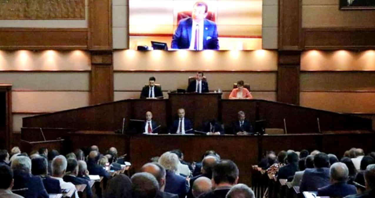 AKP ve MHP oylarıyla engellendi: İBB artık sosyal yardım başvurusu alamayacak!