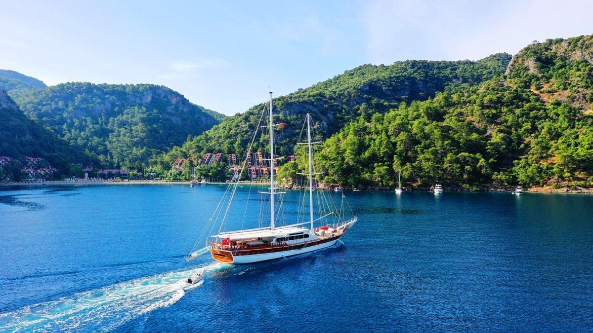 tekne yat turu mavi yolculuk charter