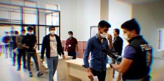MSÜ sınavında fenalaşan öğrencinin testi pozitif çıktı, salondaki tüm öğrenciler karantinaya alındı