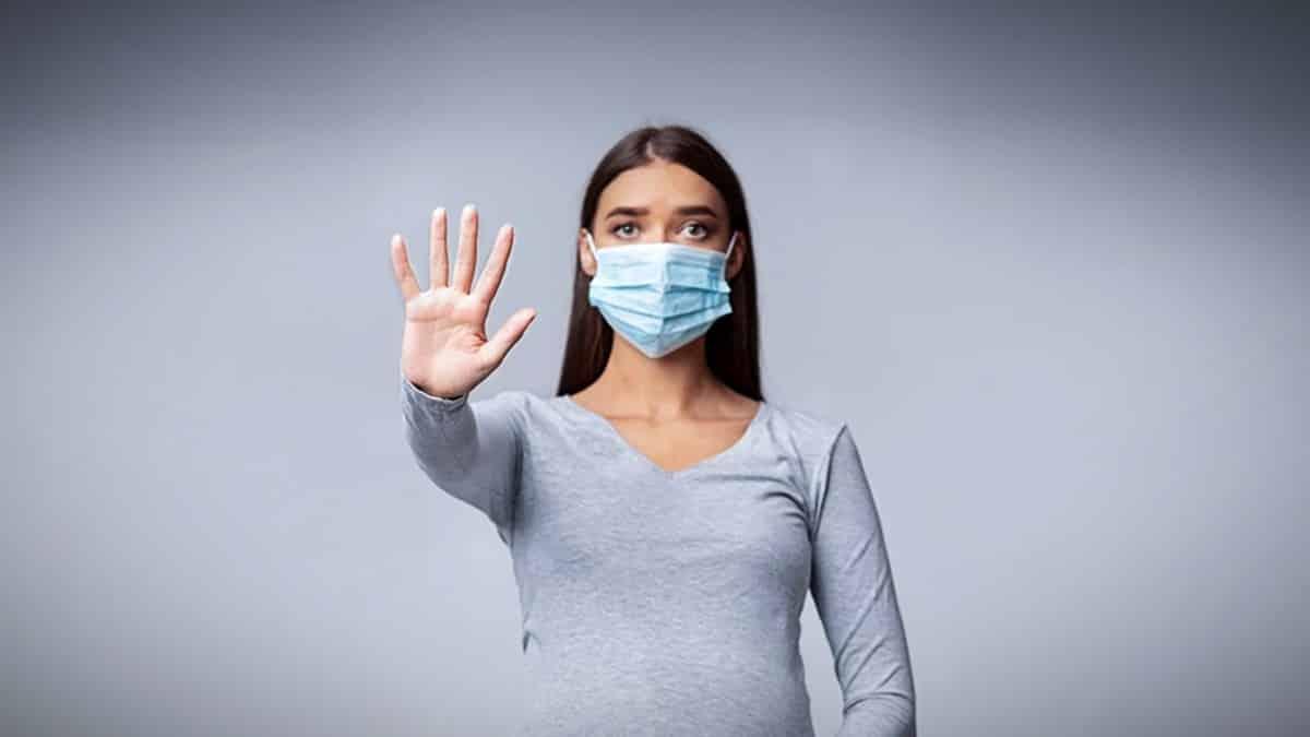 Yeni normal dönemde en çok merak edilen 6 madde nedir? maske eldiven riskli deniz havuz