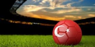 türkiye yerli futbolcu ironisi