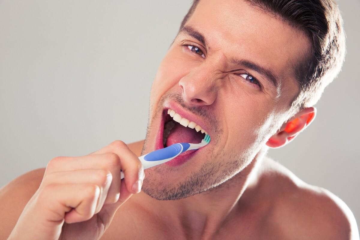 beyazlatıcı diş macunu