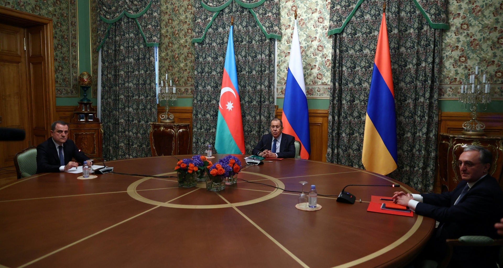 rusya azerbaycan ermenistan