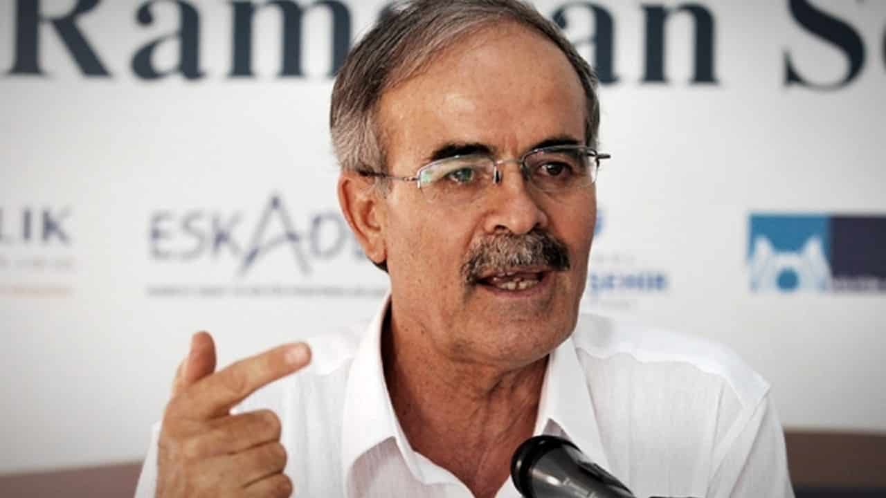 Yeni Akit yazarı Ali Erkan Kavaklı