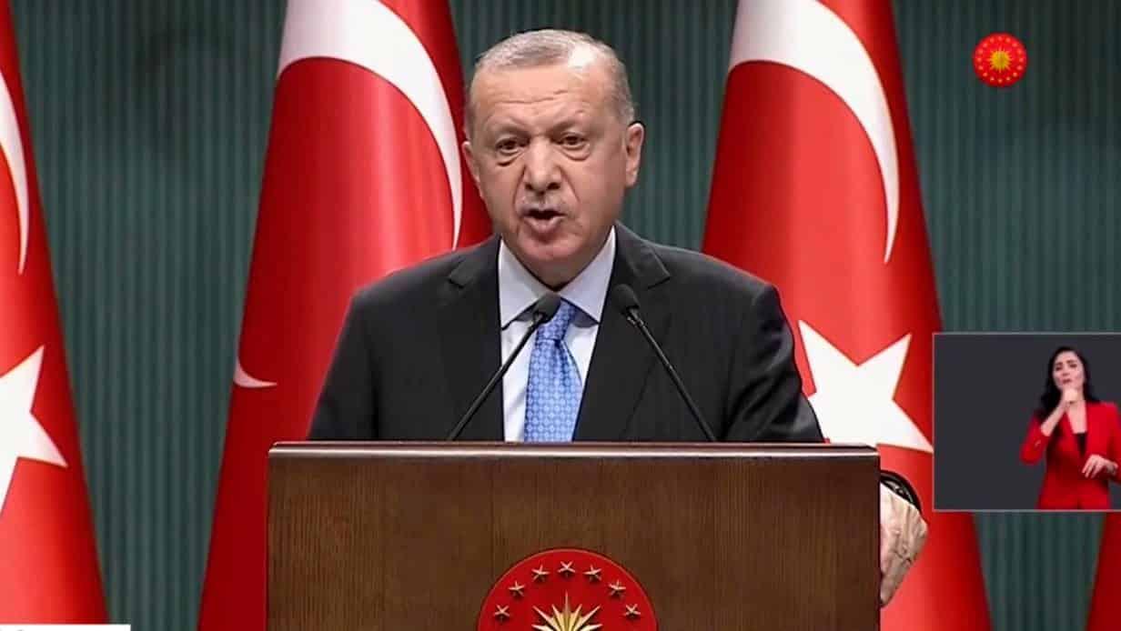 Cumhurbaşkanı Erdoğan: Yeni anayasa için harekete geçebiliriz