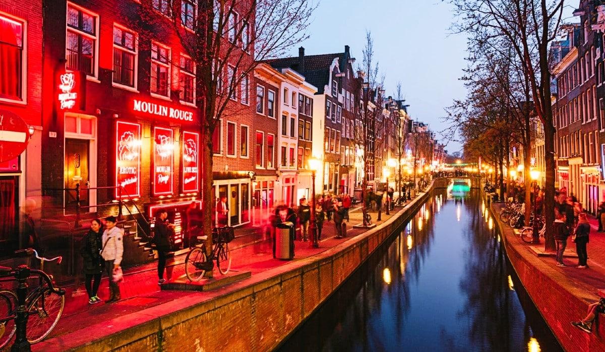 Hollanda ya yerleşme başvuruları arttı: Çalışma vizesi şartları neler?
