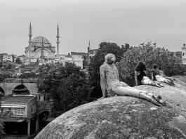 Timurtaş Onan yeni fotoğraf kitabı: İstanbul Bir Garip Şehir