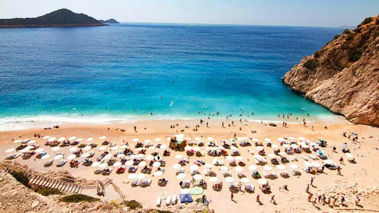 Turizm sektöründe daralma uyarısı: Eskiye dönüş 4 yıl alabilir!