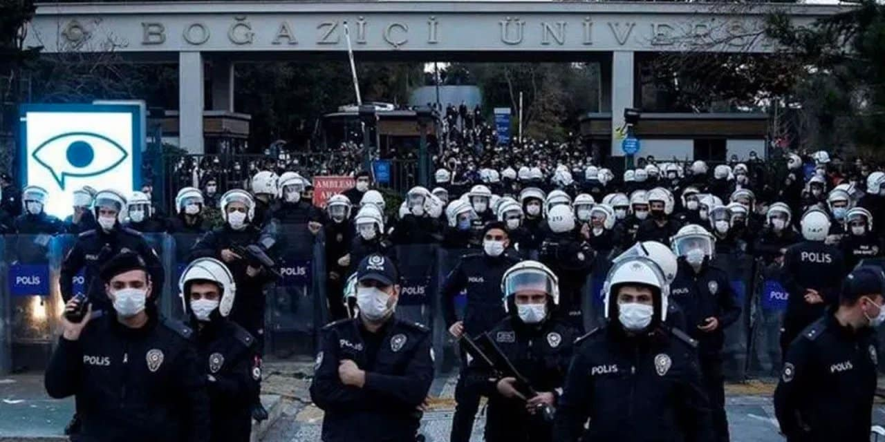 İçişleri Bakanlığı: Hiç kimse Kimse devletimizin gücünü sınamasın!