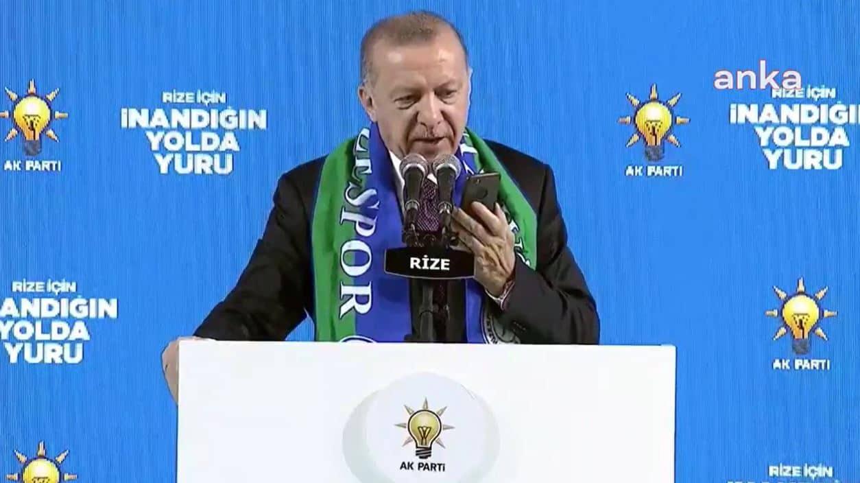 Erdoğan, AKP Rize Kongresinde şehit annesini telefonla aradı