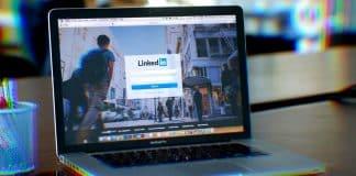 CV yerini sosyal medyaya bırakıyor: Linkedin başı çekiyor!