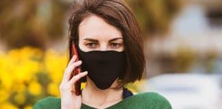 10 dakika telefonla konuşmak daha az yalnız hissetmeye yetiyor