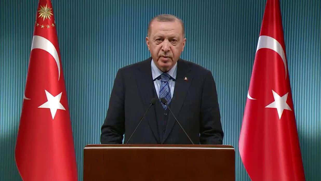 Cumhurbaşkanı Erdoğan: Aşı meselesi vahim bir hal almıştır!