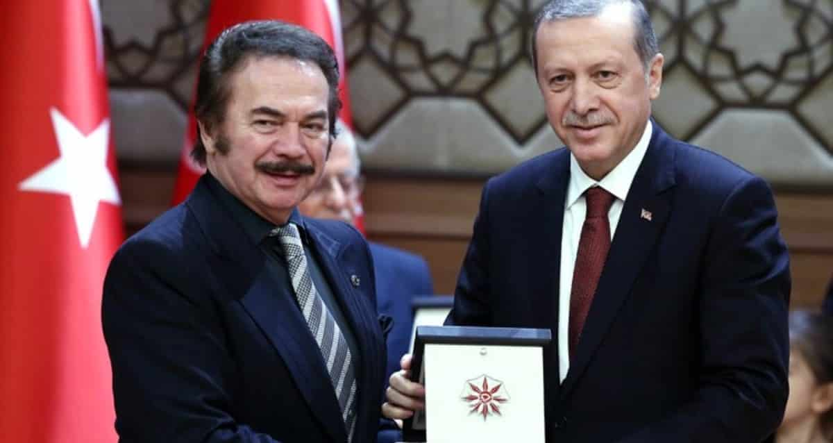 Orhan Gencebay: Maalesef Cumhurbaşkanımızı bile eleştiriyorlar