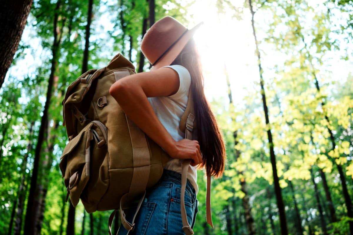 Yalnız tatile çıkmak