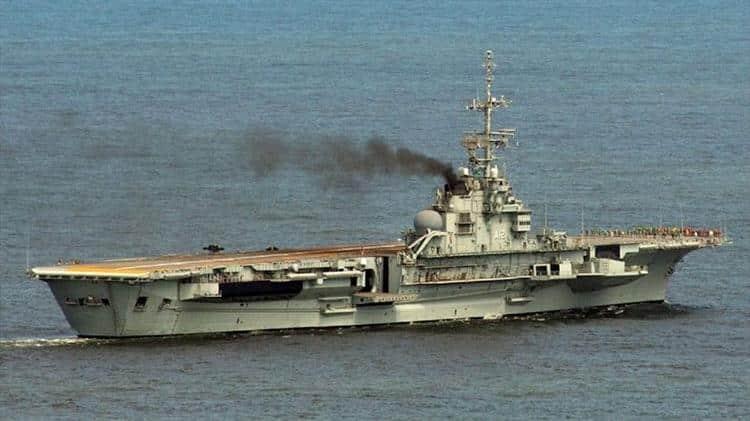 Fransa nükleer savaş gemisiydi