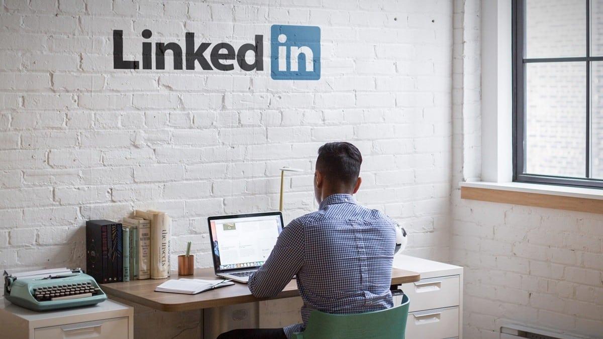 Linkedin tükenmişliğe çözüm: Çalışanlara bir hafta kafa izni!