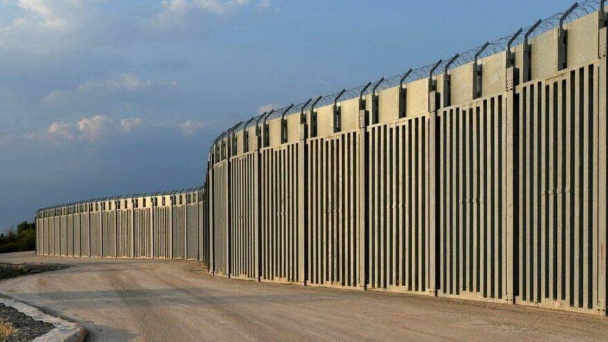 yunanistan çelik duvar